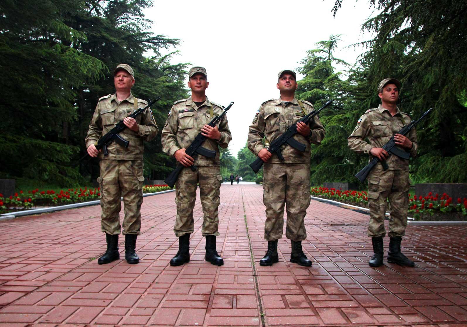 Ополчение приняло участие в акции «Построение боевого расчета пограничников России» 4