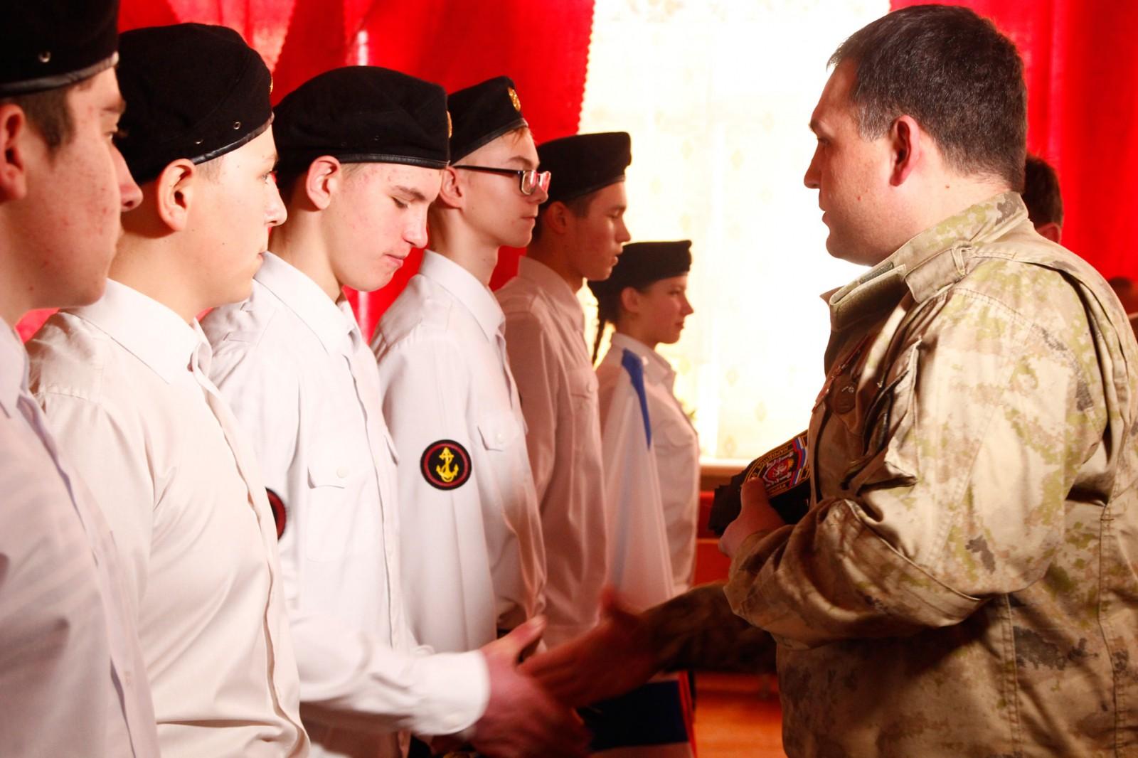 Ополченцы взяли шефство над военно-патриотическим клубом «Багира» 1